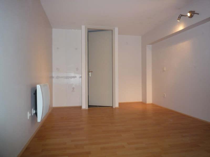 Rental apartment Lyon 6ème 580€ CC - Picture 2