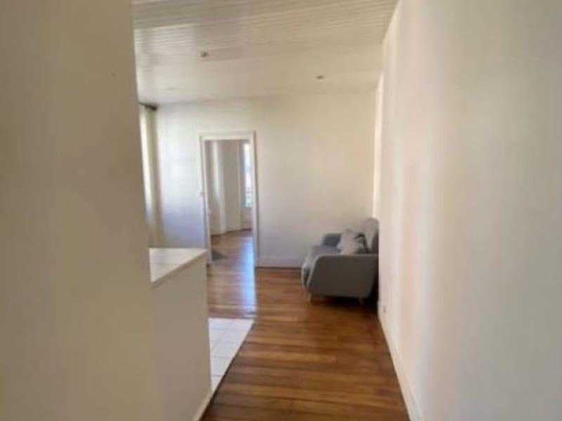 Rental apartment Charenton le pont 850€ CC - Picture 1