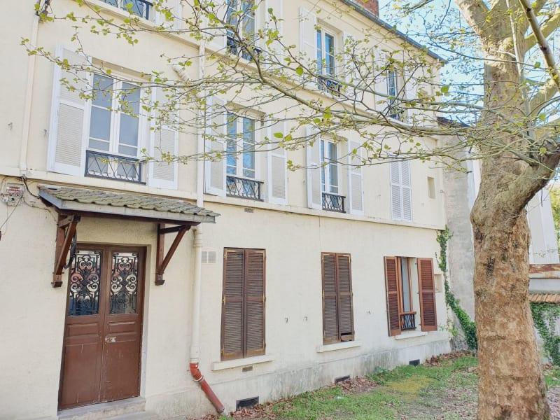 Sale apartment Le raincy 150000€ - Picture 1