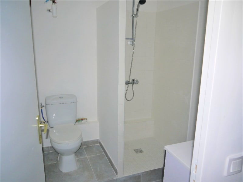 Location appartement Marseille 9ème 490€ CC - Photo 3