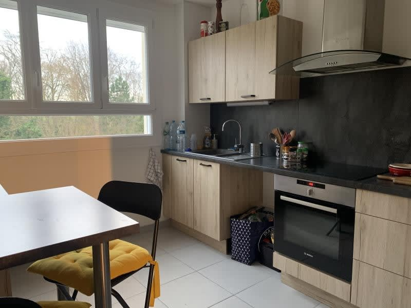 Location appartement Senlis 1 050€ CC - Photo 3