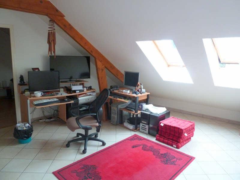 Rental apartment Maurecourt 675,25€ CC - Picture 1