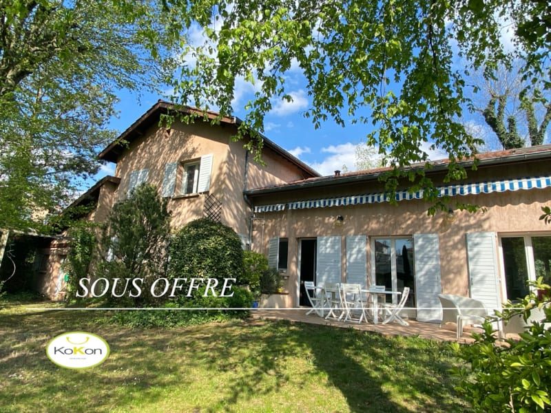 Sale house / villa Charly 750000€ - Picture 1
