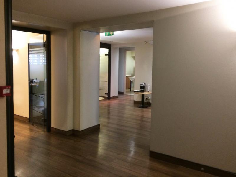 Location appartement Paris 8ème 66800€ CC - Photo 1