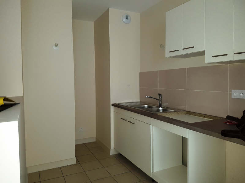 Rental apartment Vienne 490€ CC - Picture 2