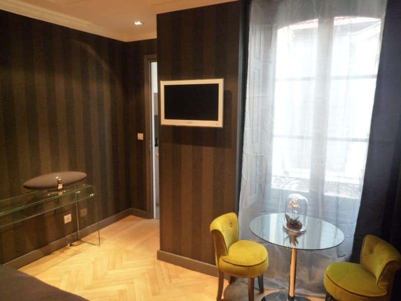 Rental apartment Lyon 2ème 820€ CC - Picture 2