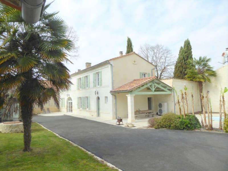 Sale house / villa Salles-d'angles 422000€ - Picture 1