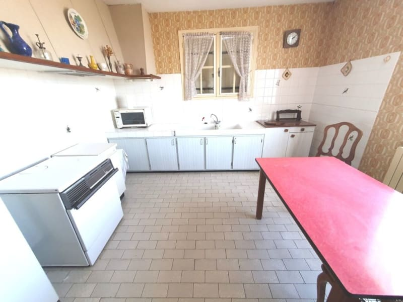 Sale house / villa Berneuil 128 200€ - Picture 4