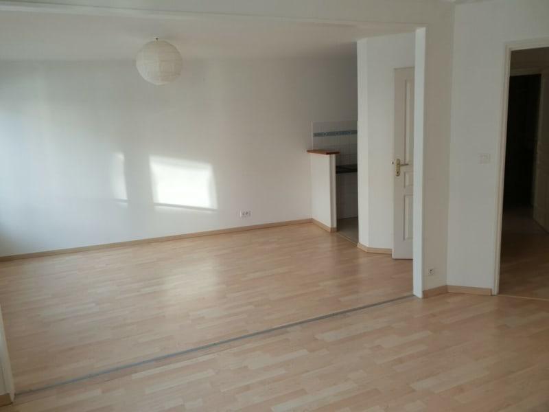 Rental apartment Cognac 451€ CC - Picture 2