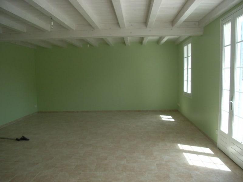 Rental house / villa Guimps 774€ CC - Picture 2