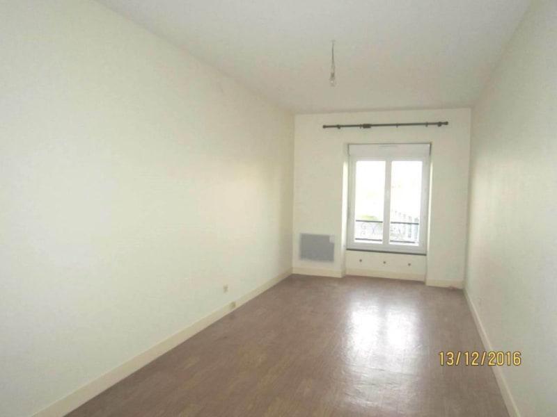 Rental apartment Châteaubernard 450€ CC - Picture 4