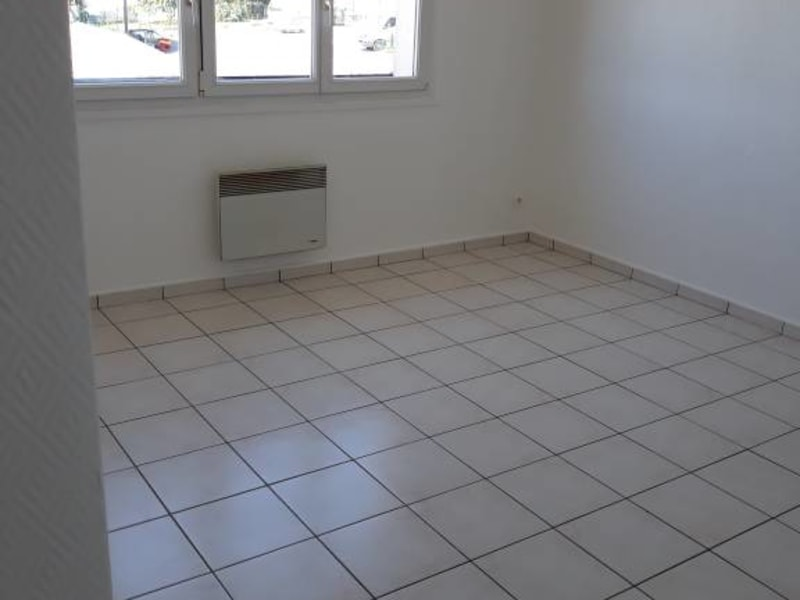 Rental apartment Ollainville 580€ CC - Picture 4