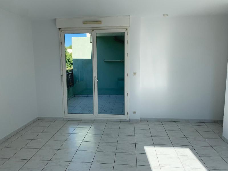 Rental apartment Aix en provence 950€ CC - Picture 3