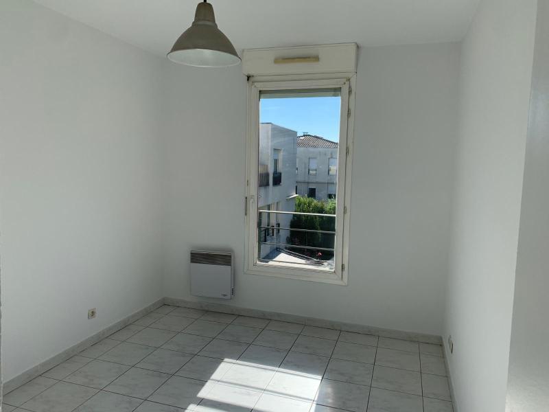 Rental apartment Aix en provence 950€ CC - Picture 5