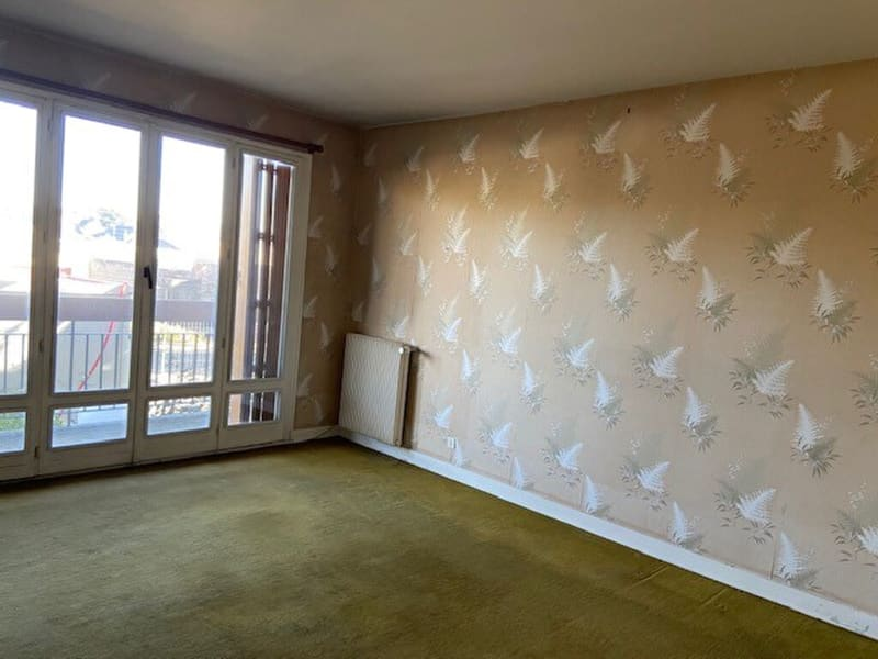 Rental apartment Vendome 573€ CC - Picture 2