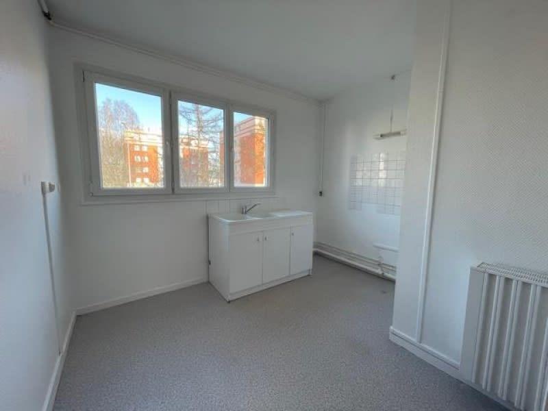 Rental apartment Canteleu 680€ CC - Picture 5
