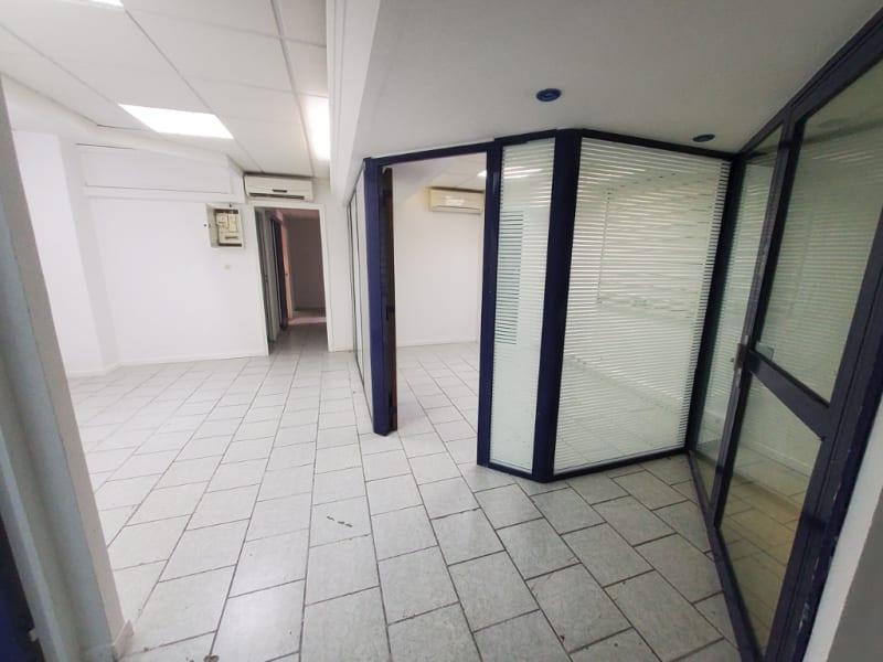 Vente local commercial Fort de france 190000€ - Photo 3