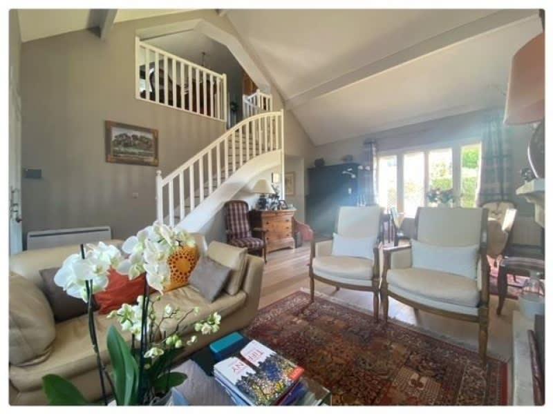 Sale house / villa Le mesnil le roi 790000€ - Picture 1