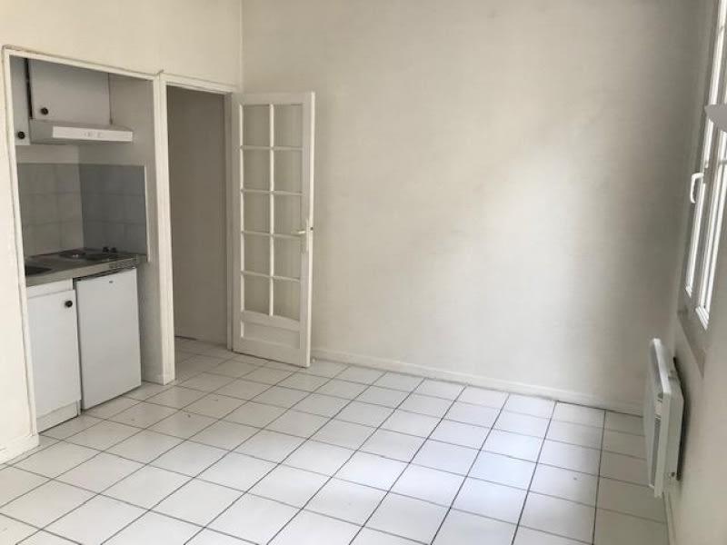Location appartement Bordeaux 551,23€ CC - Photo 1