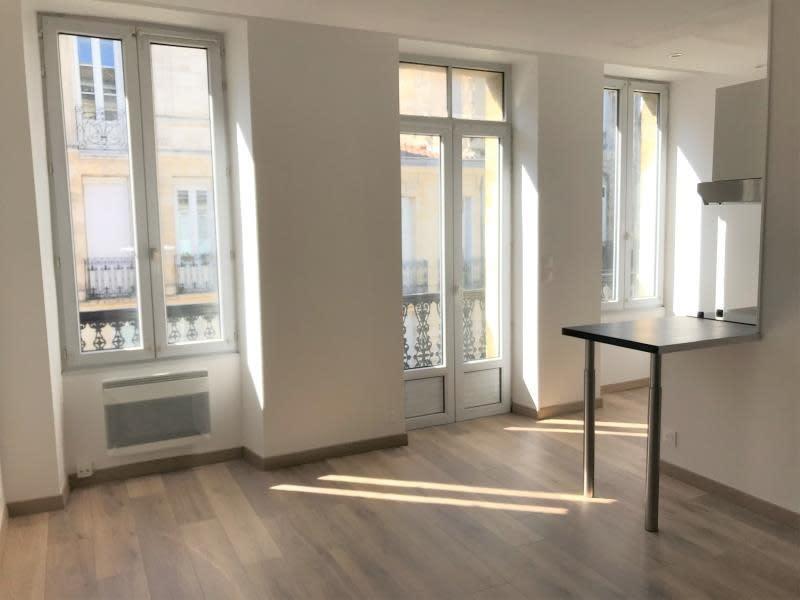 Rental apartment Bordeaux 740€ CC - Picture 1