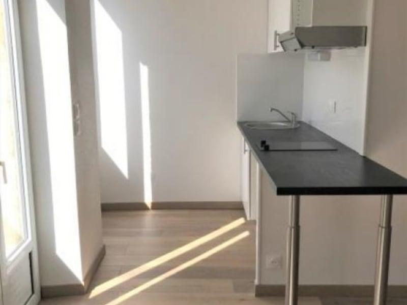 Rental apartment Bordeaux 740€ CC - Picture 2
