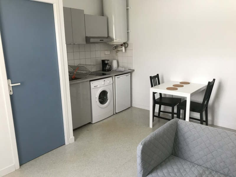 Rental apartment Bordeaux 635,72€ CC - Picture 2