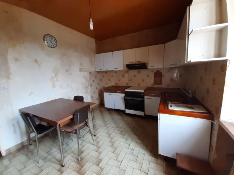 Sale house / villa Carhaix plouguer 39600€ - Picture 5
