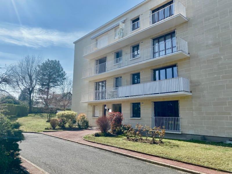 Rental apartment Maisons laffitte 1200€ CC - Picture 1