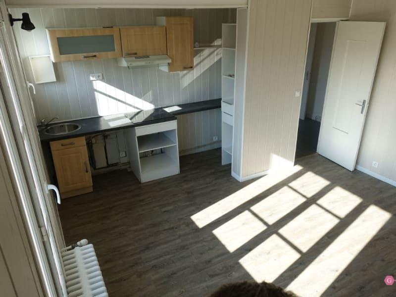 Rental apartment Poissy 644€ CC - Picture 2