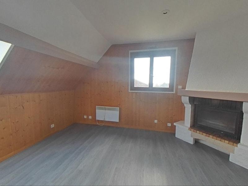 Rental apartment Solers 1082€ CC - Picture 2