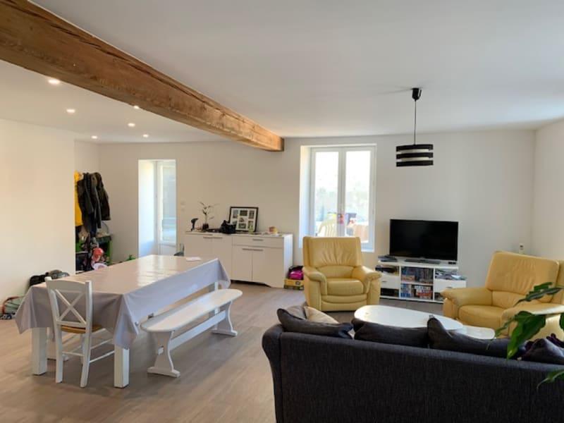 Location maison / villa Chef boutonne 730€ CC - Photo 1
