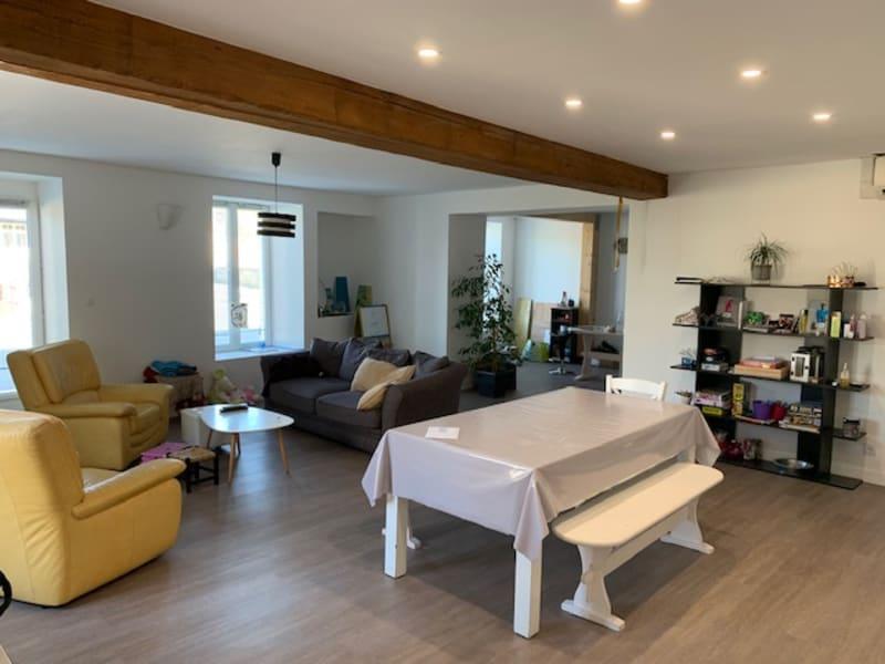 Location maison / villa Chef boutonne 730€ CC - Photo 2