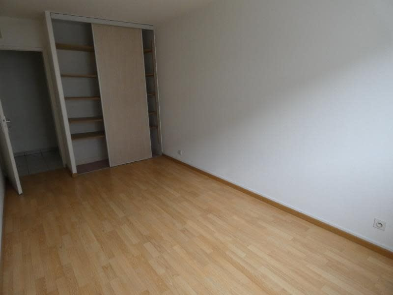 Location appartement Cluses 930€ CC - Photo 4