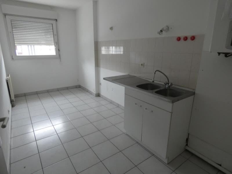 Location appartement Cluses 930€ CC - Photo 5