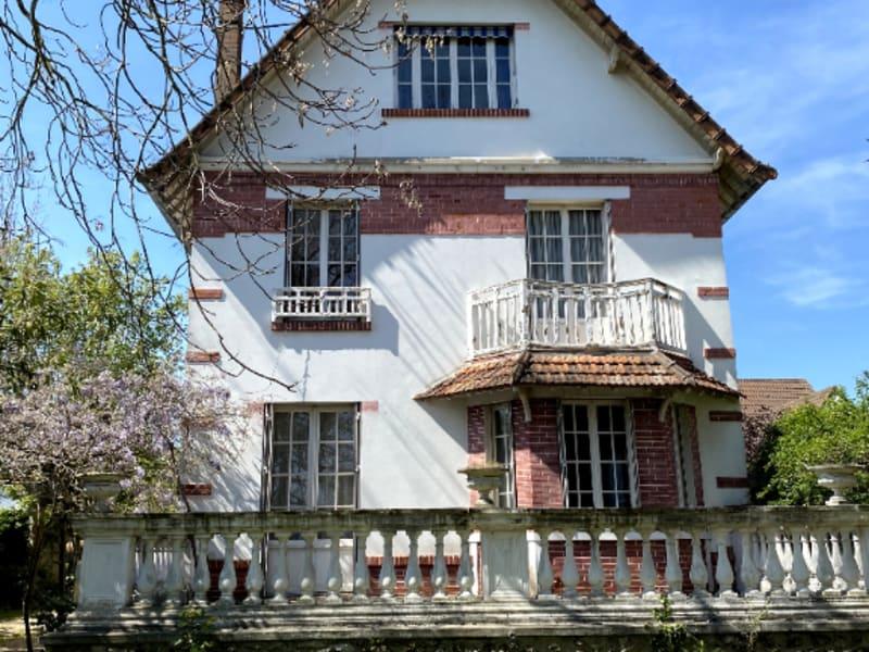 Sale house / villa Maisons laffitte 1850000€ - Picture 1