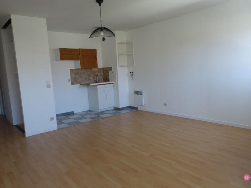 Rental apartment Conflans ste honorine 675,44€ CC - Picture 2