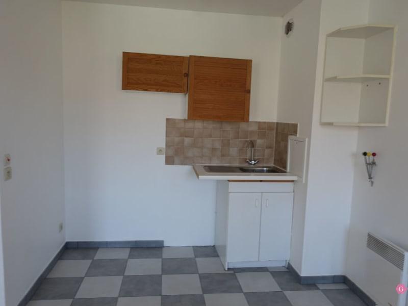 Rental apartment Conflans ste honorine 675,44€ CC - Picture 3