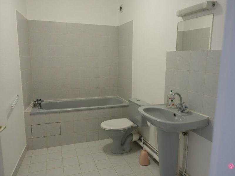 Rental apartment Conflans ste honorine 675,44€ CC - Picture 6