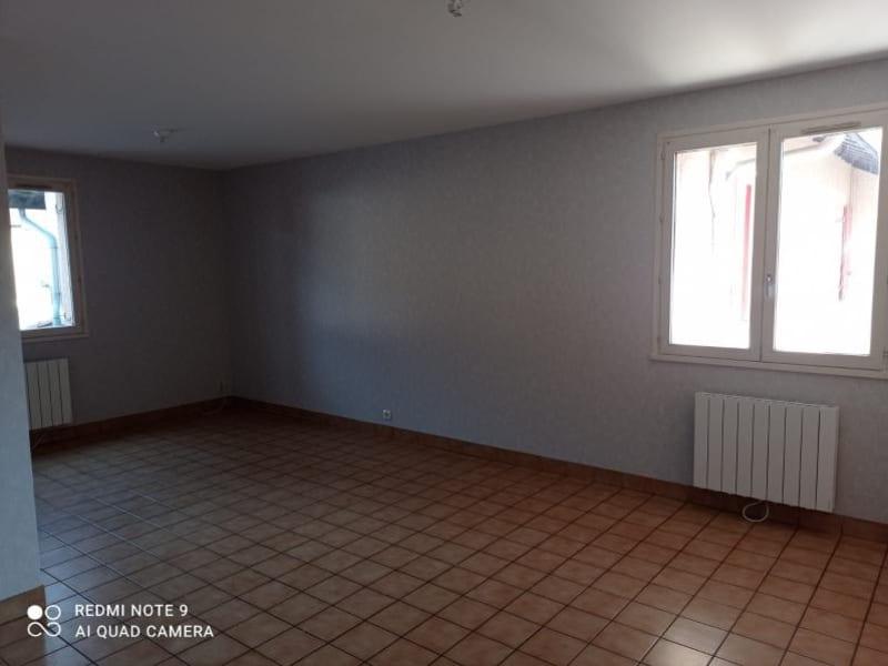 Rental apartment St martin du fresne 579€ CC - Picture 1