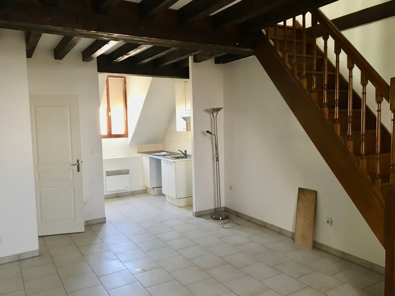 Rental apartment Dammartin en goele 770€ CC - Picture 1