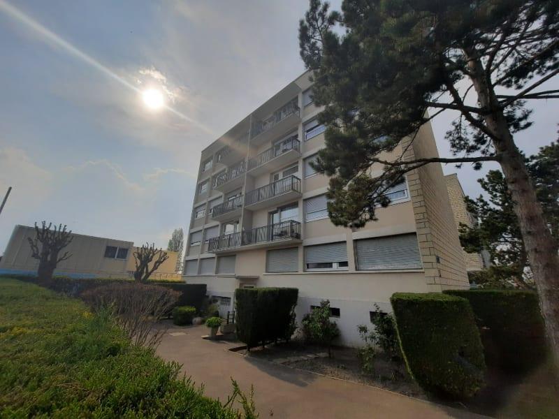 Sale apartment Pontoise 220000€ - Picture 2