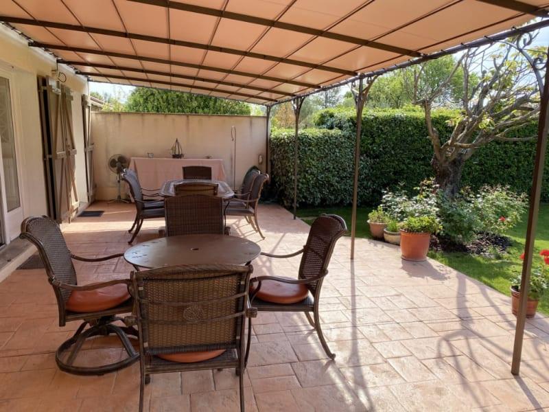 Sale house / villa Villeneuve les avignon 820000€ - Picture 7