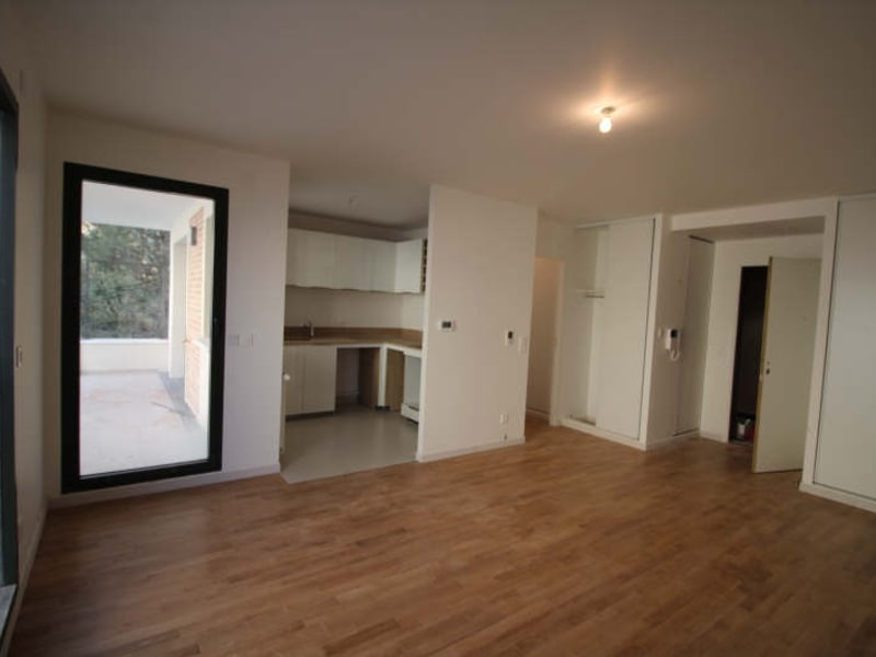 Rental apartment Croissy sur seine 1050€ CC - Picture 2