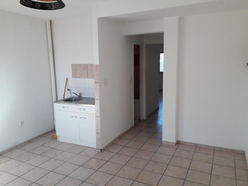 Location appartement St denis 568€ CC - Photo 3