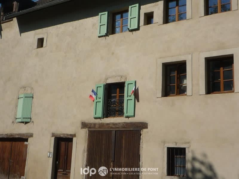 Location appartement Cremieu 720€ CC - Photo 3