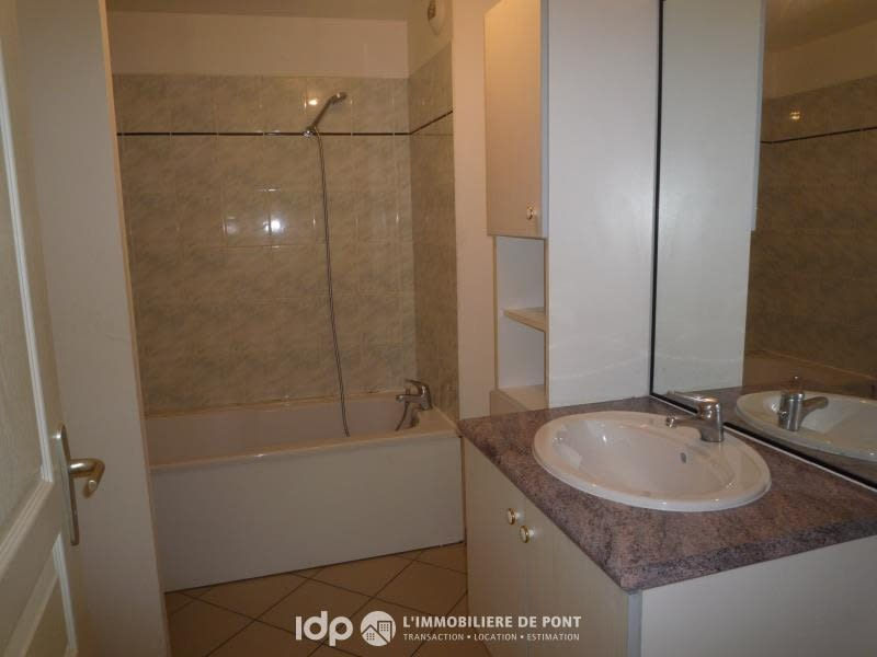 Location appartement Cremieu 720€ CC - Photo 5