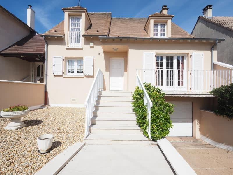 Sale house / villa Bois d arcy 660 000€ - Picture 1