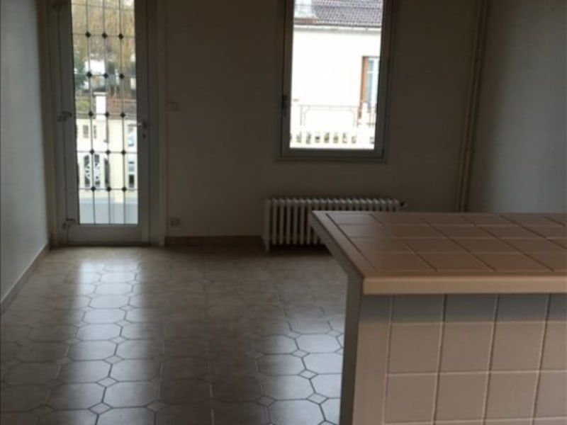 Rental apartment Paray vieille poste 850€ CC - Picture 2