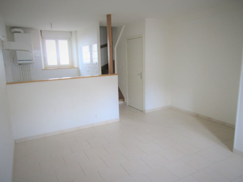 Rental apartment Courville sur eure 570€ CC - Picture 1