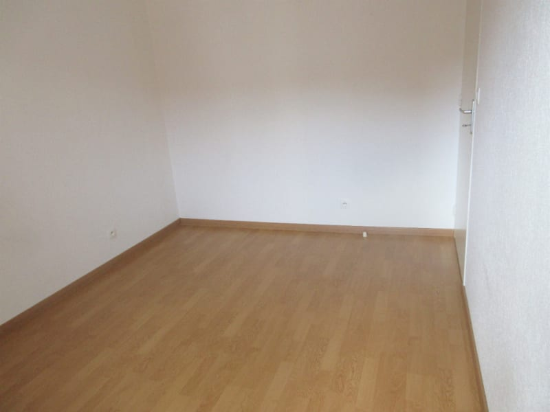 Rental apartment Courville sur eure 570€ CC - Picture 5